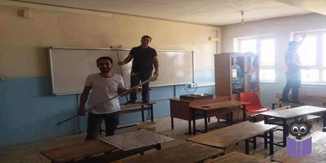 Fedakar-Öğretmenler-Okullarını-Boyadı